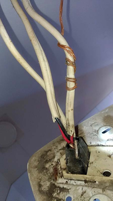 Bad light fitting wiring
